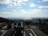墓の眼下には神戸の街並み