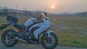 夕焼けとNinja650