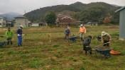 畑の土砂撤去作業